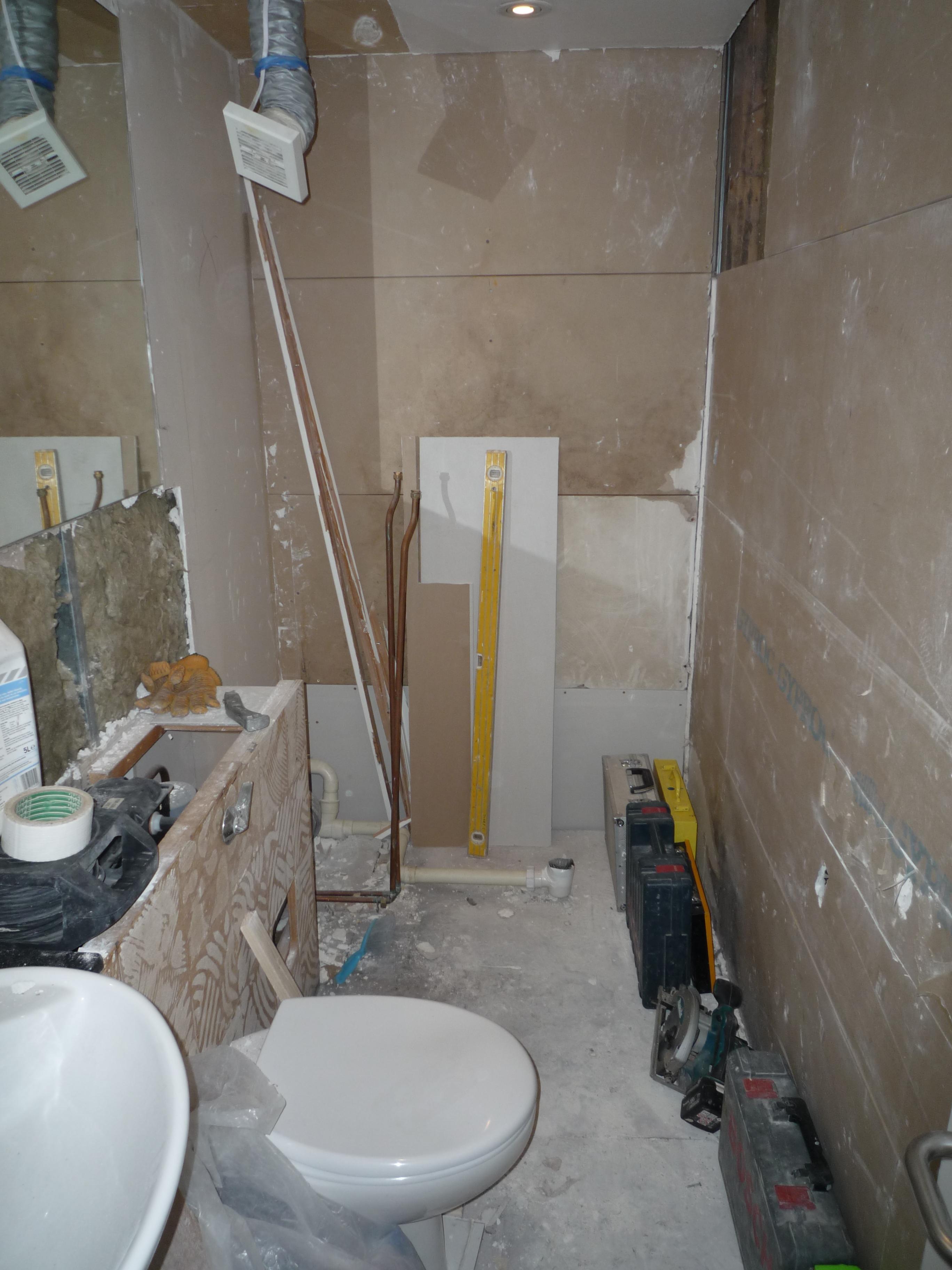 soho lofts shower B4